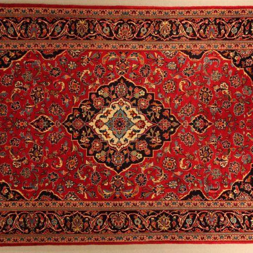 I Simboli dei tappeti persiani: decori in passerella